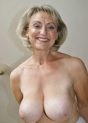 Nice mature porn online for that